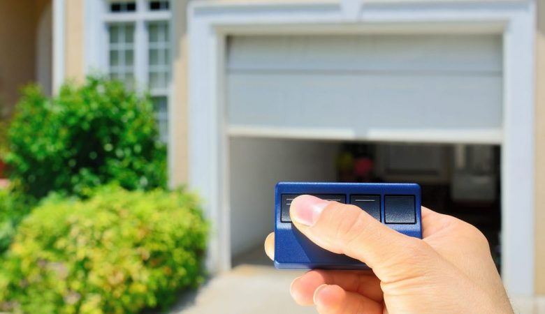 how to align garage door sensors