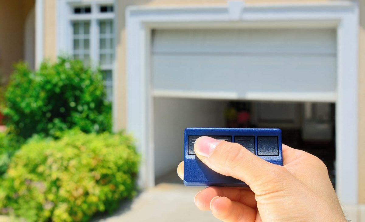 How To Align Garage Door Sensors In A Quick And Easy Way